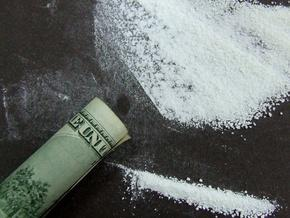 ВМС Колумбії знищують кокаїн ударними темпами
