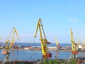 Українські порти збільшили перевалку вантажів