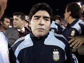 Звезда мирового футбола Диего Марадона останется главным тренером сборной Аргентины