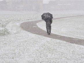 Снігопади паралізували Австрію, в Польщі 100 тисяч людей залишилися без світла