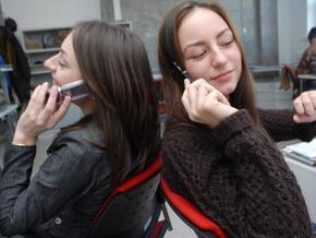 В Україні почали зростати продажі мобільних телефонів