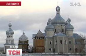 У Побужанах Львівської області бізнесмен хотів купити дерев'яну церкву