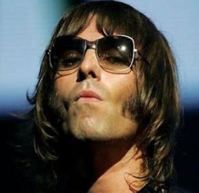 Кращим фронтменом всіх часів визнаний вокаліст Oasis