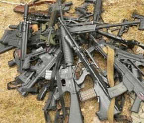 США та Росія - головні експортери зброї у світі