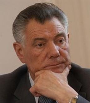 Омельченко купил избу сыну сбитого пешехода