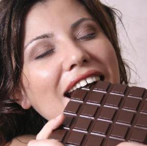 Шоколад спасает от инфаркта и инсульта