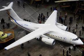 Україна представила пасажирський літак АН-158
