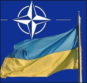 Запад «вздохнул с облегчением» после отказа Украины от НАТО