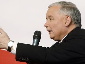 Качиньский обвинил Москву в затягивании расследования авиакатастрофы под Смоленском