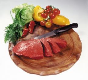 У спеку не можна відмовлятися від м'яса