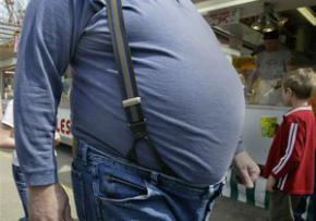 Товстий британець, намагаючись затримати викрадача автомобіля, випадково задавив його своєю вагою