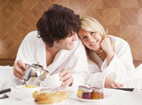 Сніданок - найважливіший прийом їжі протягом дня, а  правильний сніданок - запорука здоров'я, гарного настрою та працездатності на цілий день.