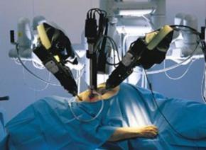 В Італії проведено першу в історії пересадку підшлункової залози за допомогою хірургічного робота