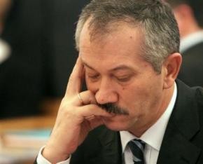 Віктор Пинзеник: політика уряду веде до дефолту