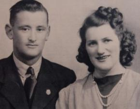 Британская пара сыграла свадьбу через 57 лет после развода