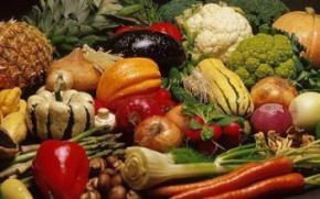 Фрукти і овочі які роблять людину привабливою