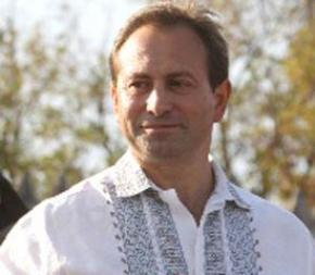Николай Томенко ищет две пропавшие строчки Гимна Украины