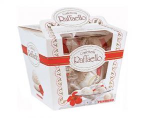 Ferrero програв в українському суді спір по цукеркам Raffaello