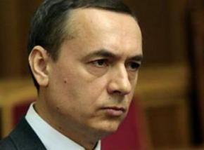 60% українців готові до акцій протесту, 32% - до незаконних форм боротьби