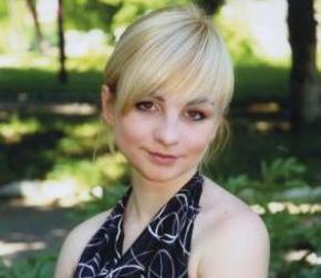 Суддя Олександр Пушнов на смерть збив машиною дівчинку, судити його не збираються, він продовжує працювати головою міськсуду в Торезі