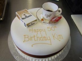 Стало відомо, за який час цигарки, алкоголь і кава