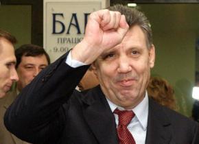 За перемогу Януковича в 2004 році Ківалову заплатили 21 млн доларів?
