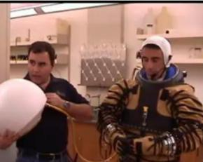 Состоялося первое испытание скафандра для прогулок по Марсу