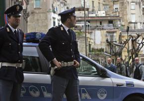Украинка в Италии угрожала самоубийством из-за невыплаты зарплаты ее мужу