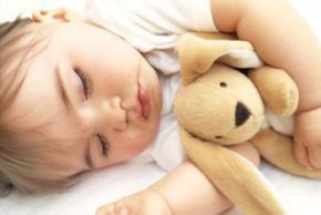 В якій позі краще спати, найкорисніші пози для сну