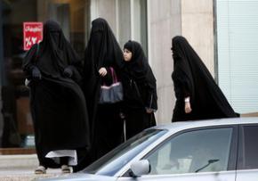 У Саудівській Аравії збираються судити жінку за керування автомобілем