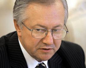Тарасюк: Ющенко критикует Тимошенко, чтобы жить на госдаче