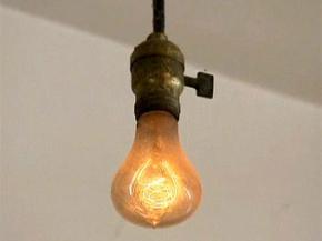 Лампочка-долгожитель отметила 110-летний юбилей работы