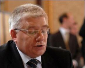 У Партії регіонів обіцяють бюджетникам чотириразове підвищення