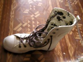 Украина стала больше импортировать одежды, обуви и техники