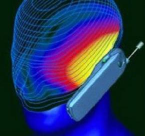 Нові дослідження спростовують зв'язок між мобільними телефонами і раком мозку