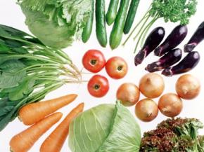 Как травят украинцев ранними овощами