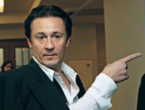 Київська пенсіонерка вирішила переписати свою квартиру російському акторові Олегу Меньшикову