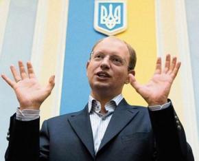 Янукович хочет украсть выборы 2015 года, - Яценюк