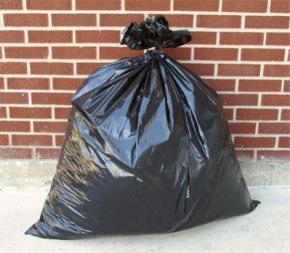 Вінницький злодій вкрав з магазину мішок із сміттям припускаючи, що в мішку продукти