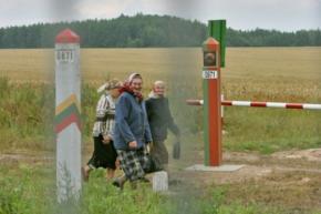 Білорусів будуть дезінфікувати на кордоні з Литвою