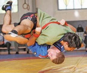 Трое украинцев стали призерами Универсиады-2013 по борьбе на поясах