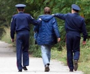 В українській міліції, прокуратурі та судах діють принципи кримінальної субкультури - кругова порука за формулою