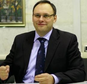 Каськіва вигнали з вузу за пияцтво а не через політичні мотиви