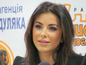 Ани Лорак назвали самой популярной украинской звездой