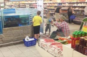 Житель Литвы устроил рыбалку в магазине