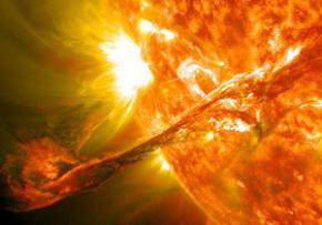 Магнітні полюси Сонця незабаром поміняються місцями