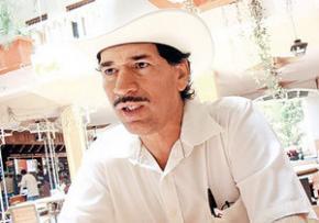 Мексиканского депутата зарезали во время интервью