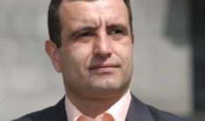 Экс-кандидата в президенты Армении приговорили к 14 годам за покушение на соперника
