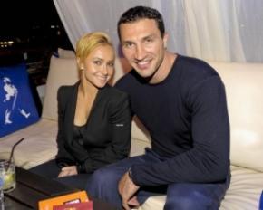 Кличко спростував чутки про те, що скоро одружується на Хайден Панеттьєрі