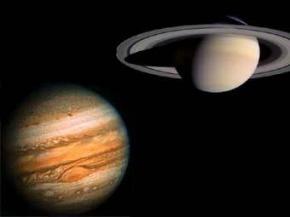 Небо Юпитера и Сатурна усеяно огромными алмазами